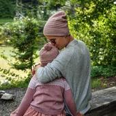 Partnerlook für Mami und Tochter.💗 Ich liebe diese Mütze 😍🐑  Schönen Dienstag euch 😘  #merino #merinowool #wool #wolle #mütze #cardigan #strickjacke  #mützenliebe #partnerlook  #herbstkollektion #herbst2020 #nachhaltigkeit #knitting #momlife #mamaleben #mama #papa #instamom #natur #qualität #matchymatchy #fashionkids ##mamablogger #swissmom #neuekollektion #neuigkeiten #merinomode