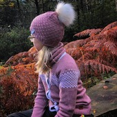 Mütze Cormo & Cardigan Polypay auch für grössere Kinder 🤗🐑  Schönen Mittwoch euch ❤  www.merinomode.ch   #merinowolle #wolle #wool #lana #laine #merinomode #mütze #wollmütze #cardigan #strickjacke #wollschal #winteraccessories #wollkleidung #kinder #instagirl #kinderkleidung #kinderoutfit #winter #fashionkids #fashionoutfit #slowfashion #swissmom #mamablogger #onlineboutique #natur #knitting #öko #thermoaktiv #kind