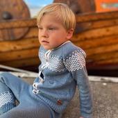 Cardigan Polypay & Hose Clun😍🐑🍁  Schönen Dienstag euch 😘  www.merinomode.ch  #merinowool #wool #wolle #merino #madeineurope #knitting #madeineurope #skandinavischesdesign #fashionkids #kinderfashion #hose #cardigan #nachhaltigkeit #qualität #smallbusiness #herbstmode #herbst #baby #kleinkind  #mamablogger #mamaleben #swissmom #merinomode #kindermode